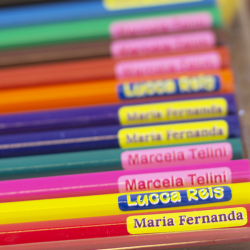 Kit de etiquetas personalizada adesivas para identificar materiais escolares, uniformes e sapatos no volta às aulas